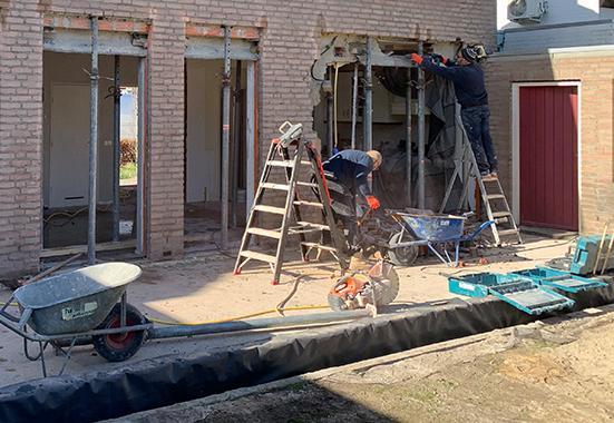 Steinhoff -  Muur doorbreken - Sidebar